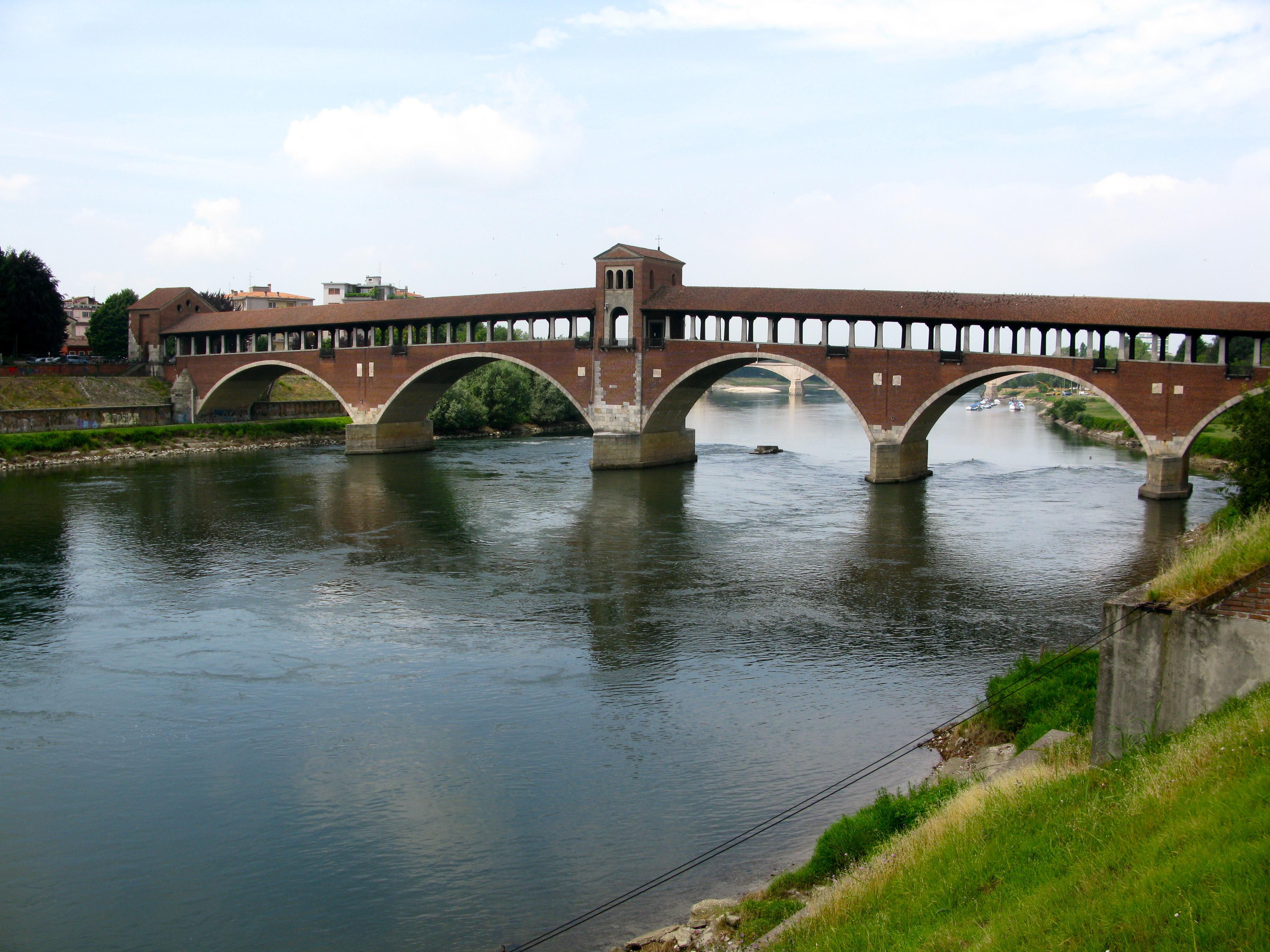 ponte coperto di pavia immagini